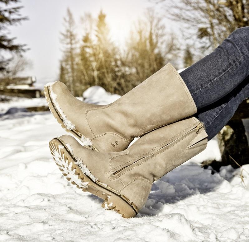 Warme laarzen met wol gevoerd